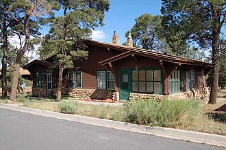 Grand Canyon Village Historic District - Image: Apache St House Grand Canyon NPS1