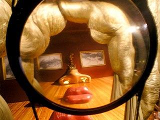 <i>Mae West Lips Sofa</i> sofa designed by Salvador Dalí