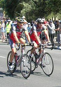 Armstrong and Popovych - 2010 Cancer Council Classic.JPG