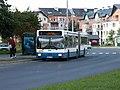 Autobus.linii.R.przystanek.Kameliowa.6296-01.JPG