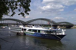 Avalon Felicity (ship, 2010) 021.jpg