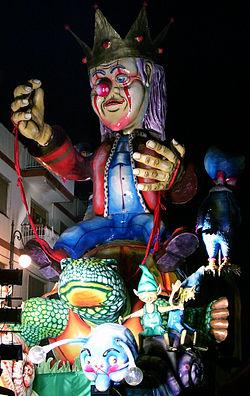 Carro Allegorico Carnascialesco al Carnevale di Massafra