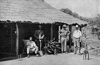 White Africans of European ancestry - White farmers in Southern Rhodesia, early 1920s.