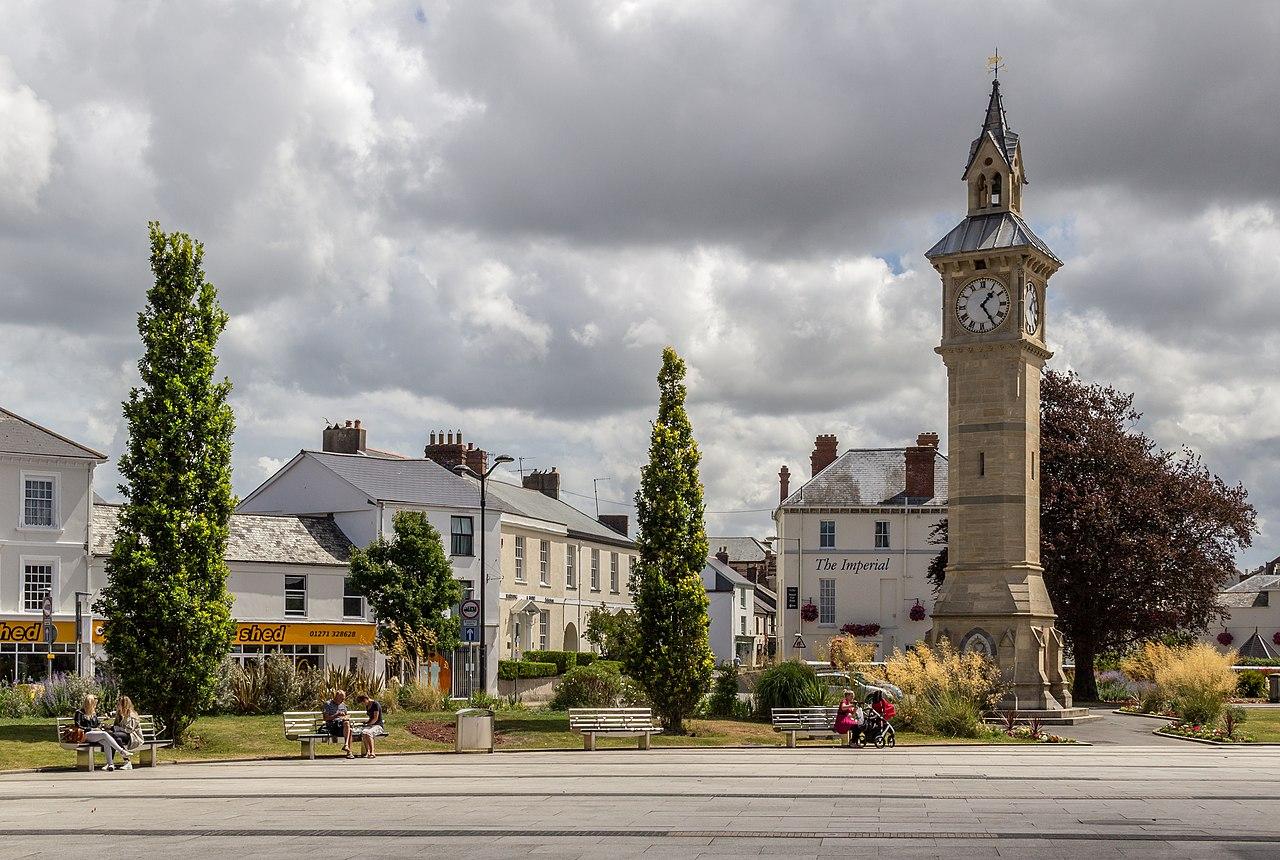 File Barnstaple Devon Uk Clock Tower 2013 0986