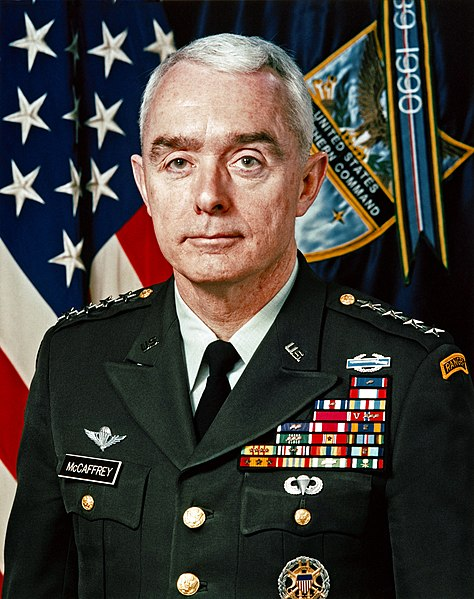 https://upload.wikimedia.org/wikipedia/commons/thumb/e/e5/Barry_McCaffrey.jpg/474px-Barry_McCaffrey.jpg