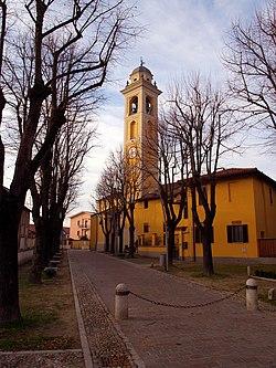 Basiglio (MI) - Campanile chiesa parrocchiale Sant'Agata.jpg