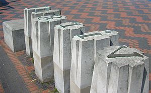 John Baskerville - Industry and Genius, 1990, by David Patten, sculpture in Centenary Square