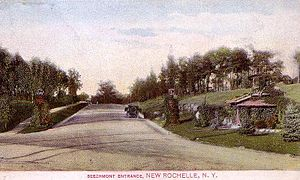 Beechmont, New York - Image: Beechmont Entrance