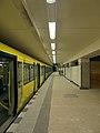 Berlin - U-Bahnhof Hermannstraße (14854594927).jpg