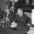 Bespreking Paul H Spaak met Minister Luns Den Haag, Bestanddeelnr 908-2949.jpg
