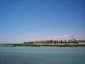 Beysehir from Lake Beysehir.jpg