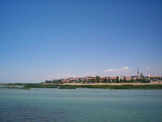 Eşrefoğlu Mosque - Image: Beysehir from Lake Beysehir