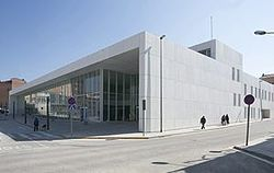Biblioteca Mont-Àgora a Santa Margarida de Montbui 02.jpg