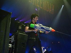 Солист Green Day Билли Джо
