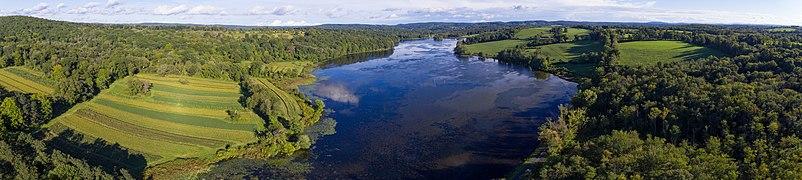 Bontecou Lake aerial panorama.jpg