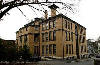 Bowditch School - Image: Bowditch School Boston MA 02