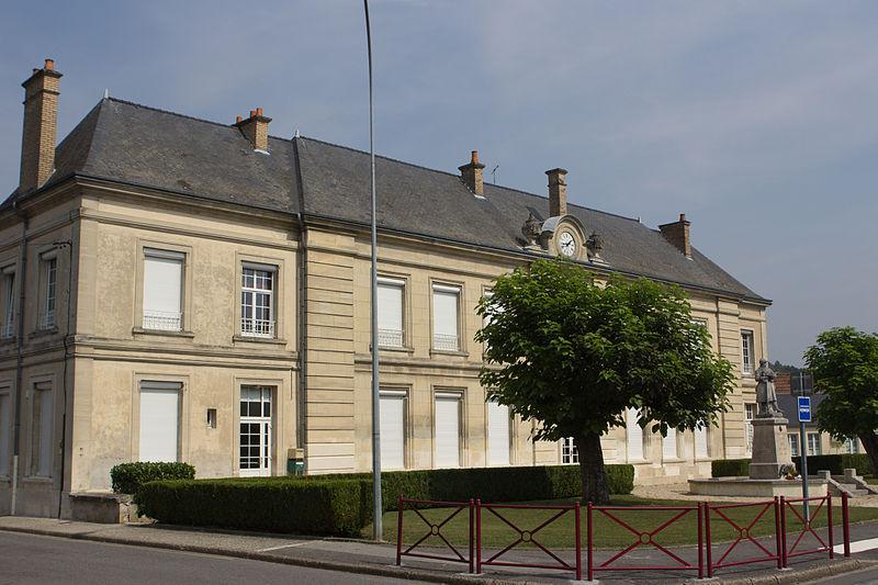 File:Bruyères-et-Montbérault - IMG 2901.jpg