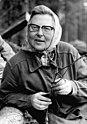 Bundesarchiv Bild 183-1982-0406-008, Güstrow, Forstarbeiterin.jpg