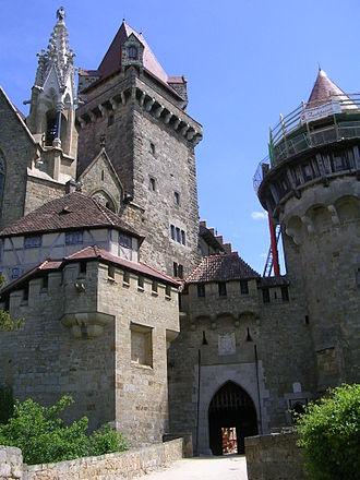 Burg Kreuzenstein - Outer facade with main gate