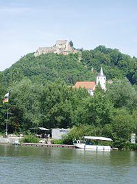 Burg bei Donaustauf 3.jpg