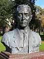 Busto de Ramón Pérez de Ayala.JPG