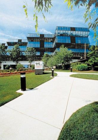 Children's National Medical Center - Image: CNM Centrance