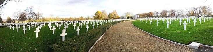 Cambridge American Cemetery 2012-11-25 panorama.jpg