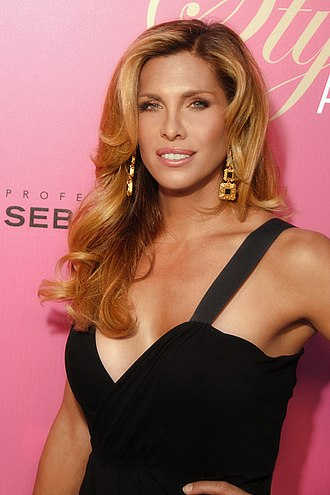 Candis Cayne - Candis Cayne at the sixth annual Style Awards in Beverly Hills, California (October 10, 2009)