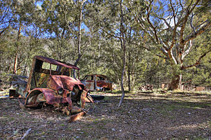 Cassilis, Victoria - Remains of old automobiles in Cassilis