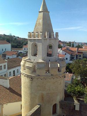 Viana do Alentejo - Image: Castelo de Viana do Alentejo Torre de menagem