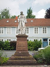 Albrecht-Thaer-Denkmal in Celle, geschaffen von Ferdinand Hartzer, 1873 (Quelle: Wikimedia)