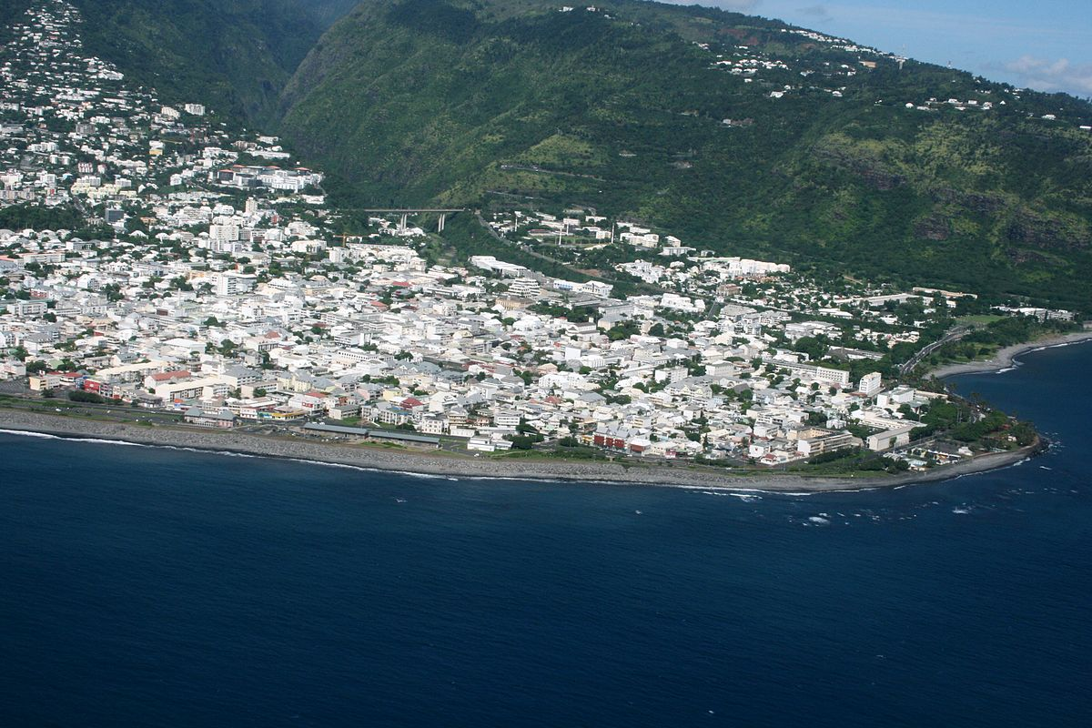 Centre ville de saint denis la r union wikip dia for Piscine des 3 villes hem