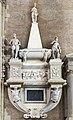 Chiesa di San Lorenzo a Vicenza - Interno - Cappella maggiore - Monumento funebre di Ippolito Porto 1572.jpg
