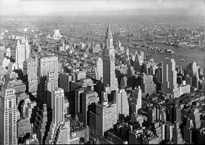 Midtown Manhattan in 1932, showing the results of the Zoning Resolution