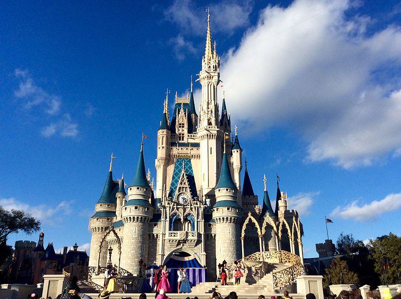 File:Cinderella Castle at Magic Kingdom.jpg