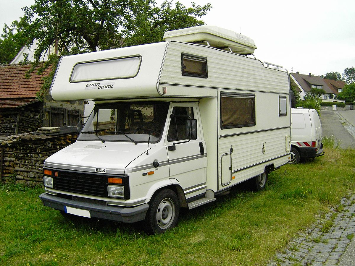Camping Car Pilote Explorateur G