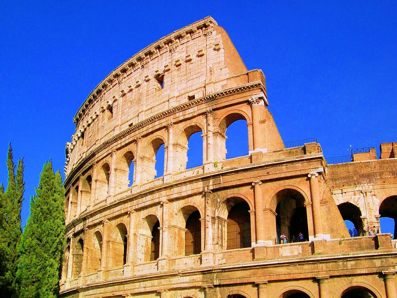 Koloseum, en.wikiepdia.org
