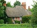 Cottage, Lockeridge Dene, Lockeridge - geograph.org.uk - 834721.jpg