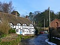 Cottages in Tong - geograph.org.uk - 1149989.jpg