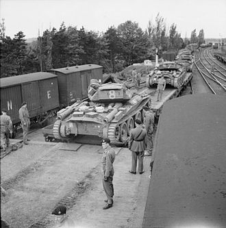 5th Royal Tank Regiment - Covenanter tanks of 5 RTR entraining at Thetford in Norfolk, United Kingdom, May 1942