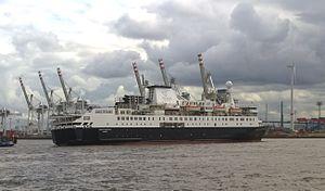 MS Ocean Endeavour - The Ocean Endeavour in Hamburg