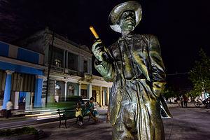 Benny Moré - Bronze statue of Moré in Cienfuegos' Prado street