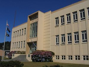 Curry County Courthouse, Gold Beach, Oregon.jpg
