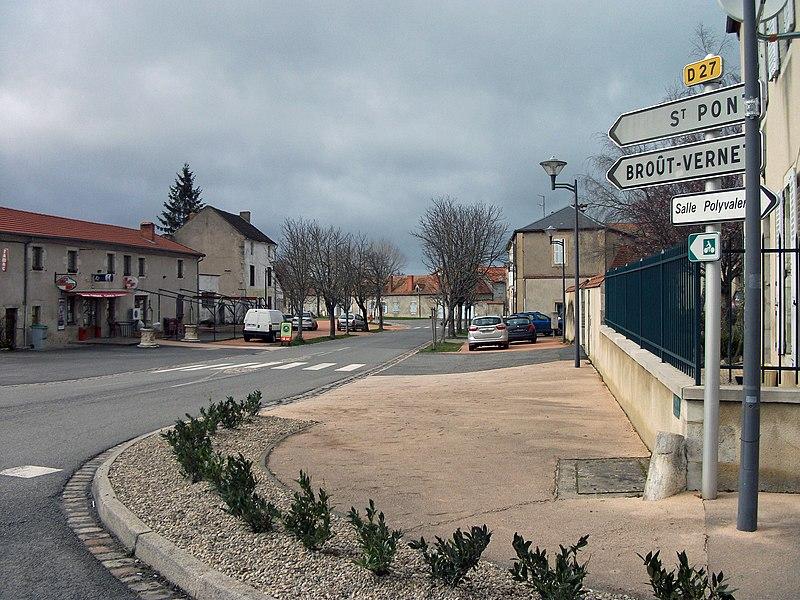 Departmental road 27 towards Saint-Pont and Broût-Vernet in Escurolles [10195]