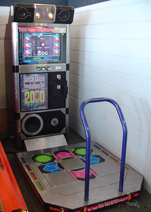 Dance Dance Revolution - Image: Dance Dance Revolution Solo 2000 arcade machine