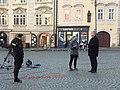 Daniel Takáč na Malostranském náměstí.jpg
