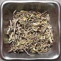 Darjeeling-tea-first-flush-leaf-dry.jpg