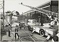 De brandweer aan het werk bij chemiebedrijf BPMWitco. NL-HlmNHA 54031453.JPG