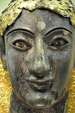 Delphi Apollon chryselephantine sculpture