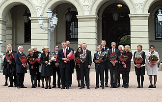 Stoltenberg's Second Cabinet - Resignation of the cabinet on 16 October 2013
